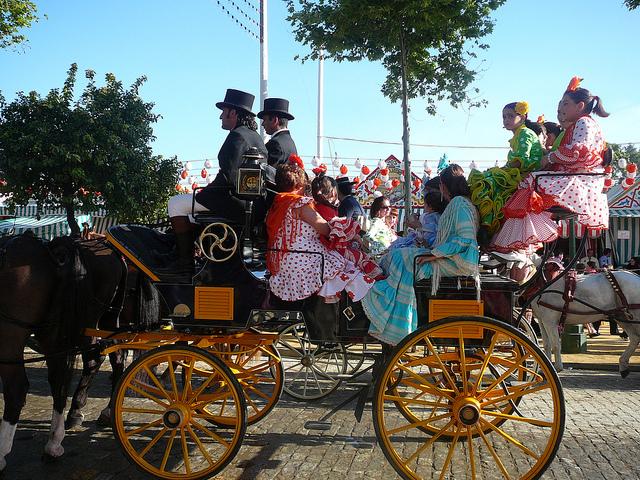 Carro de caballos en la feria de abril de Sevilla