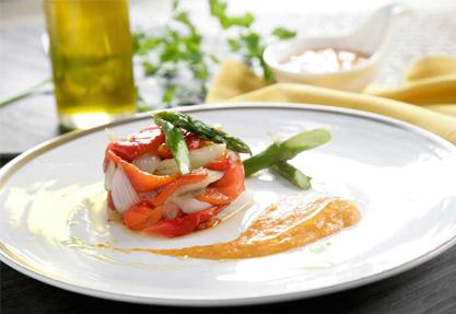 Verduras asadas con salsa romesco