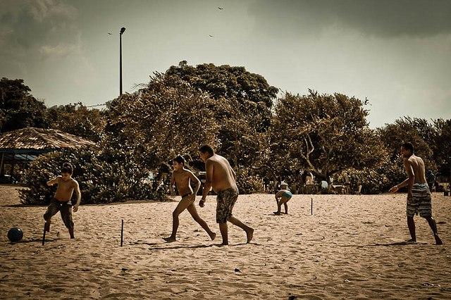 Ejercicio y deporte en familia, un hábito saludable | HCMN