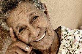 alimentacion-durante-envejecimiento-abuela