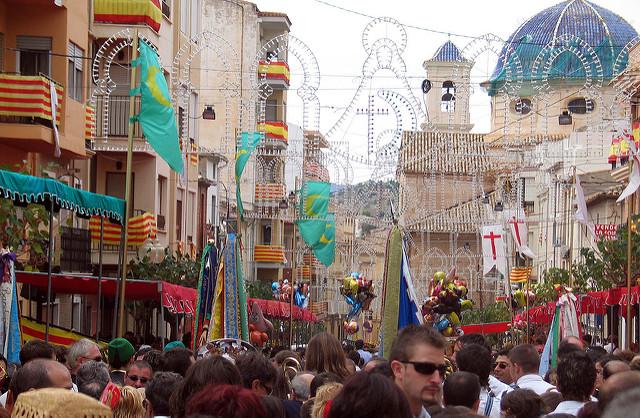 Els Enfarinats, la fiesta navideña en Ibi (Alicante) | HCMN