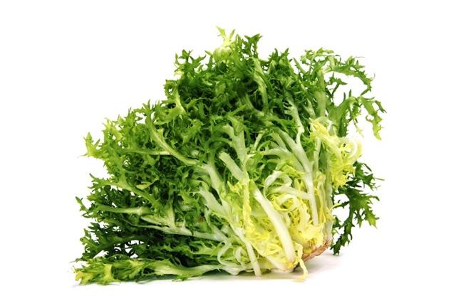 Comienza la temporada de ensaladas, no te limites a la lechuga
