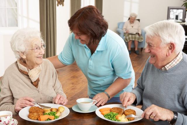 Recomendaciones alimentación saludable en la tercera edad | HCMN