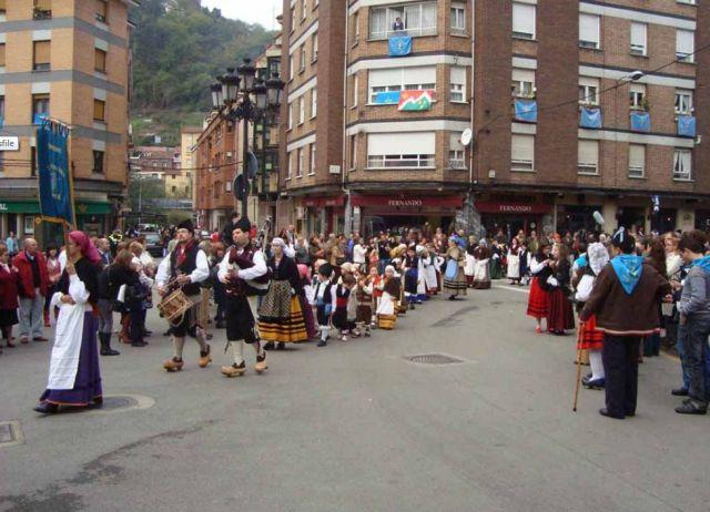 Redescubre Asturias en otoño con la Fiesta de Humanitarios | HCMN