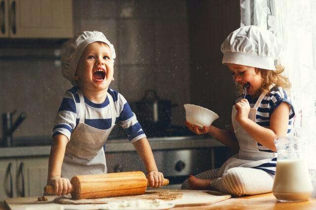 Las mejores recetas para hacer con niños este invierno | HCMN