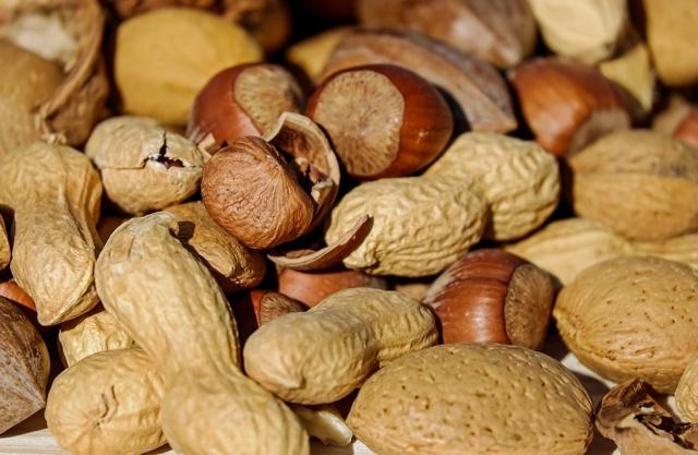 Beneficios de los frutos secos en la alimentación de los deportistas | HCMN