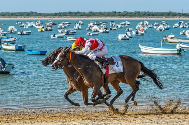 Carrera de caballos de Sanlúcar, fiesta de interés turístico internacional | HCMN