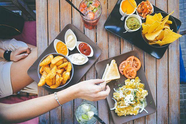 Recetas fáciles para cenas entre amigos | HCMN